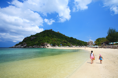 Discover some of the world's best beaches in Koh Samui.